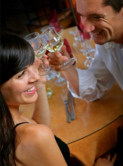 организация вечеринок знакомств бизнес идея