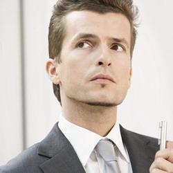 Самостоятельно стричь бороду не рекомендуется, хотя для очень занятых людей и...
